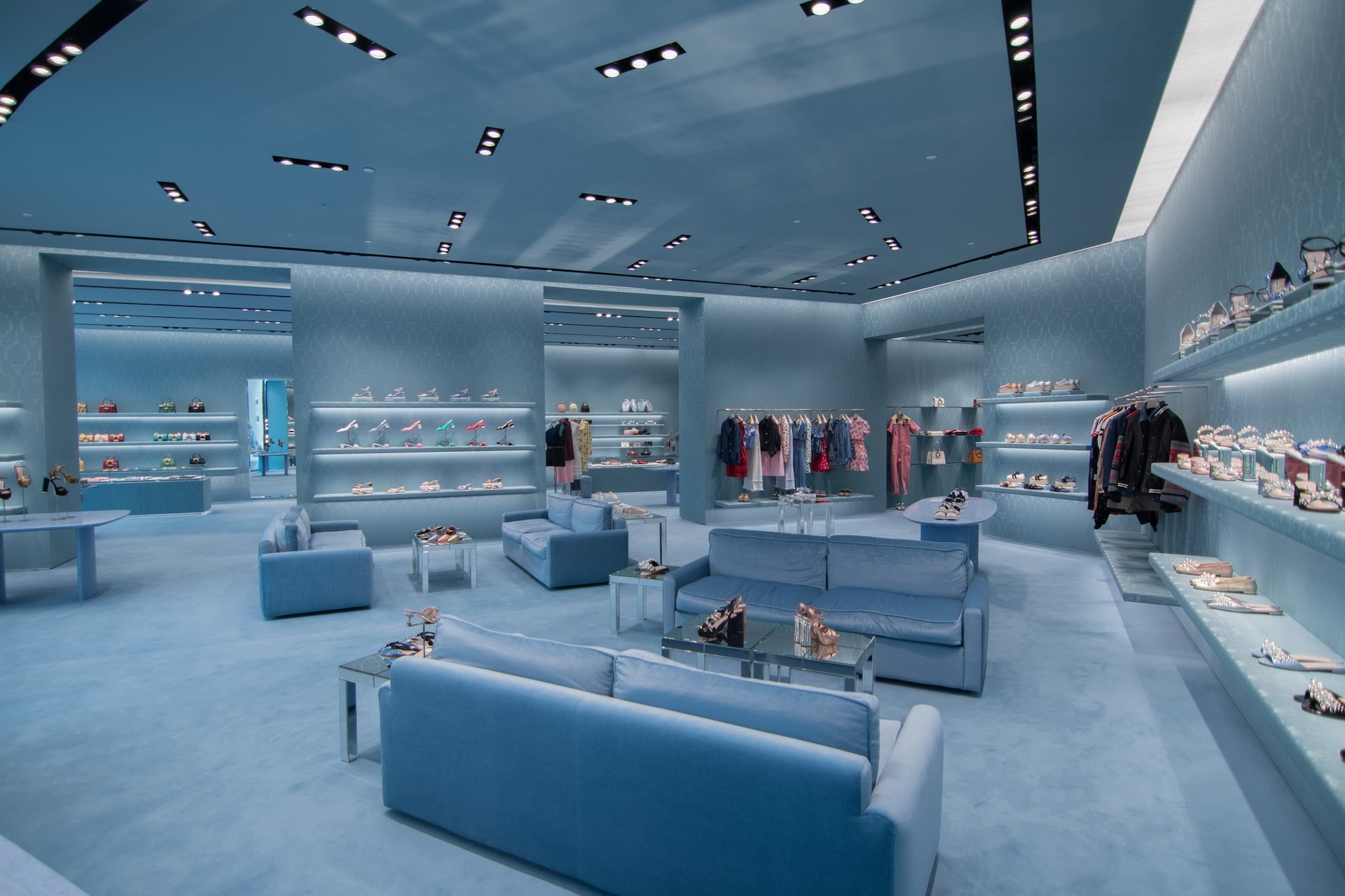 7a0c2701074a OFF. Share. previous news. MIU MIU OPENS INSIDE THE DUBAI MALL